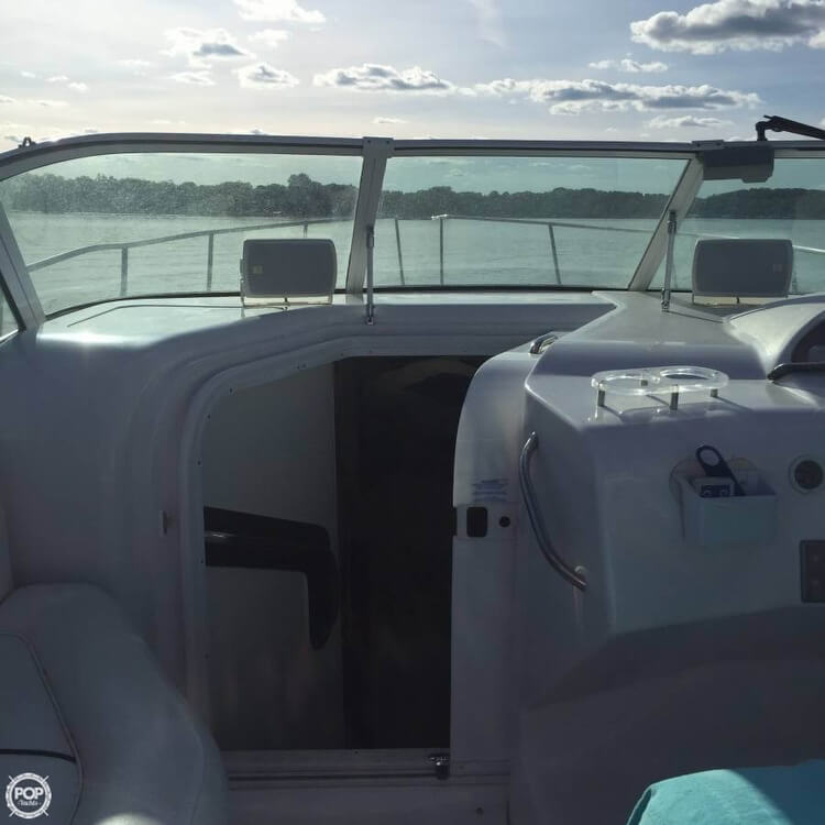 1999 Donzi boat for sale, model of the boat is 3250 LXC & Image # 14 of 40