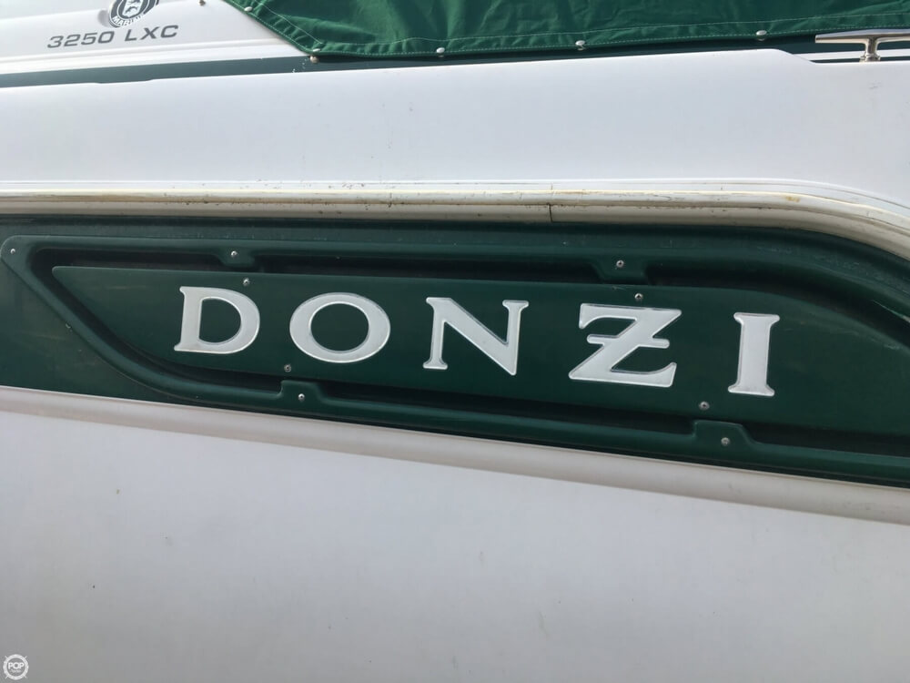 1999 Donzi boat for sale, model of the boat is 3250 LXC & Image # 8 of 40