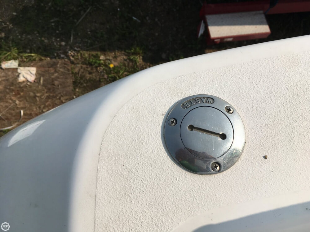 1999 Donzi boat for sale, model of the boat is 3250 LXC & Image # 26 of 40