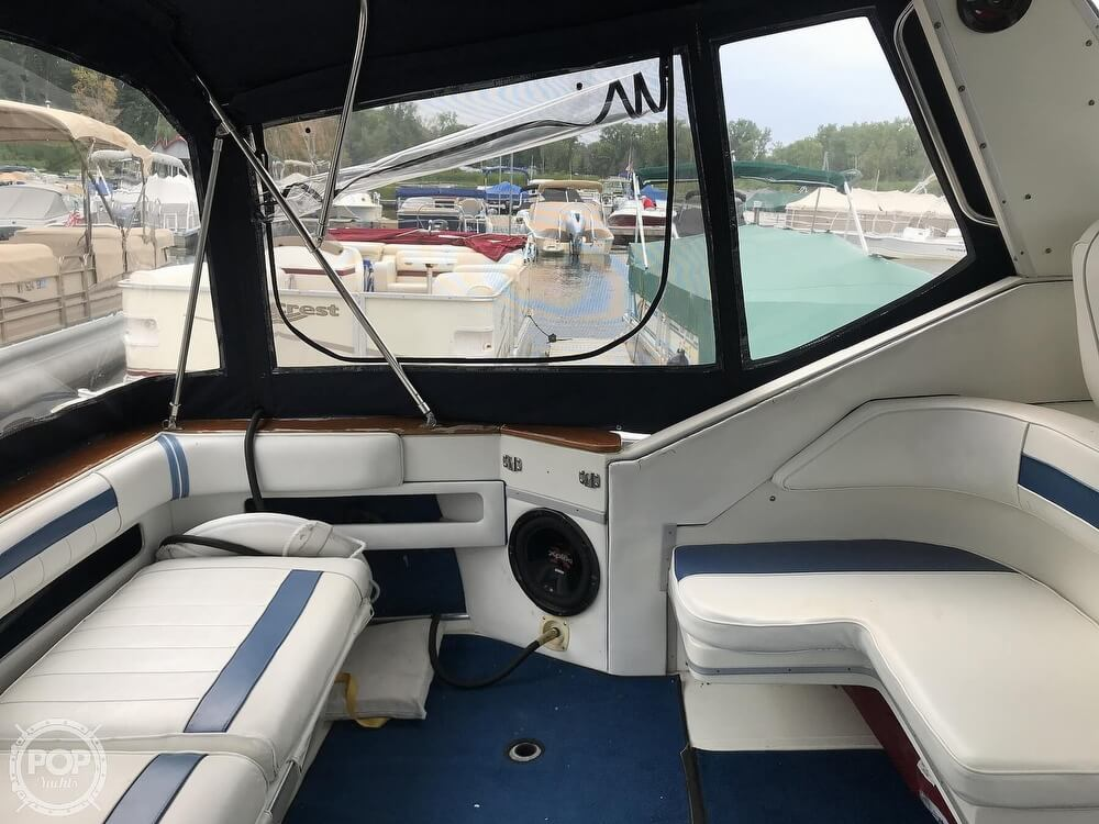 1989 Sea Ray boat for sale, model of the boat is 390 Express Cruiser & Image # 12 of 40