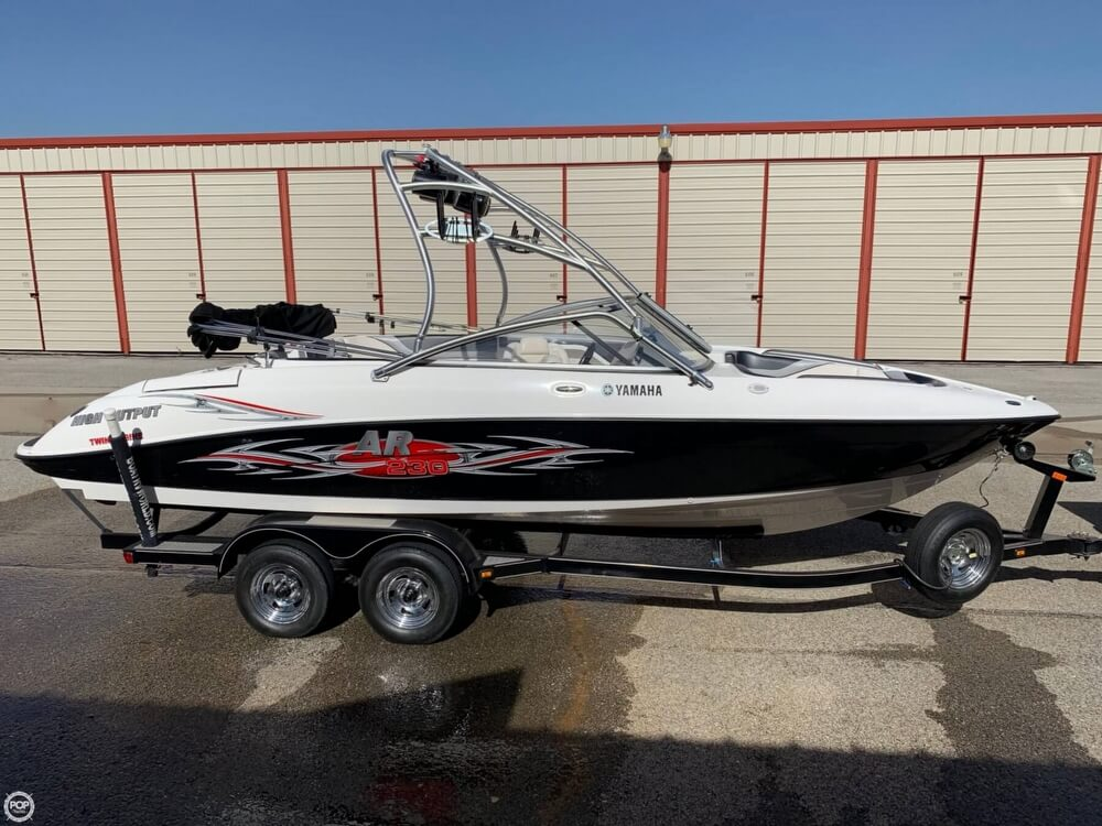 2006 Yamaha boat for sale, model of the boat is AR230 High Output & Image # 8 of 40