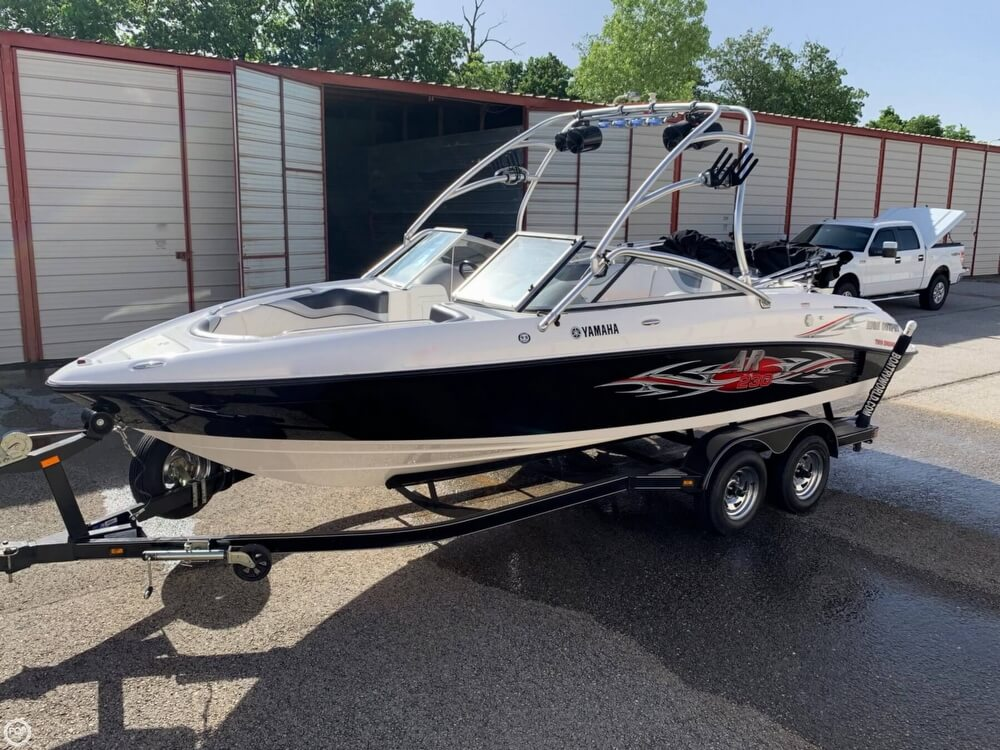 2006 Yamaha boat for sale, model of the boat is AR230 High Output & Image # 15 of 40
