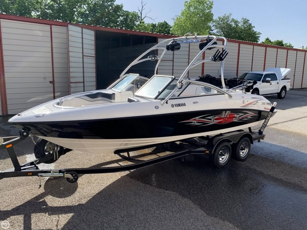 2006 Yamaha boat for sale, model of the boat is AR230 High Output & Image # 16 of 40