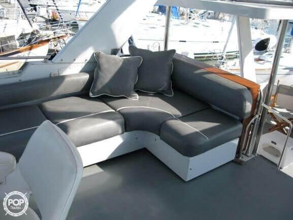 1988 Marinette boat for sale, model of the boat is 41 Flybridge & Image # 7 of 41