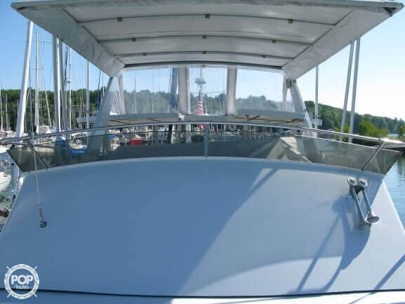 1988 Marinette boat for sale, model of the boat is 41 Flybridge & Image # 8 of 41