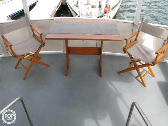 1988 Marinette boat for sale, model of the boat is 41 Flybridge & Image # 10 of 41