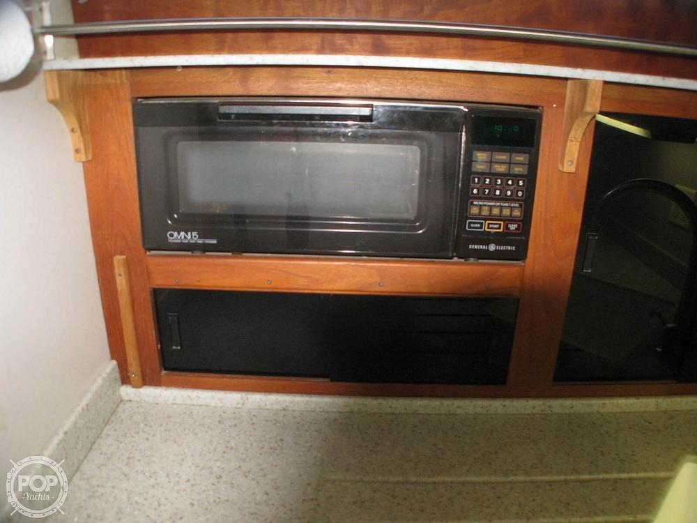 1988 Marinette boat for sale, model of the boat is 41 Flybridge & Image # 23 of 41