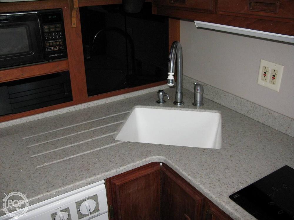 1988 Marinette boat for sale, model of the boat is 41 Flybridge & Image # 31 of 41