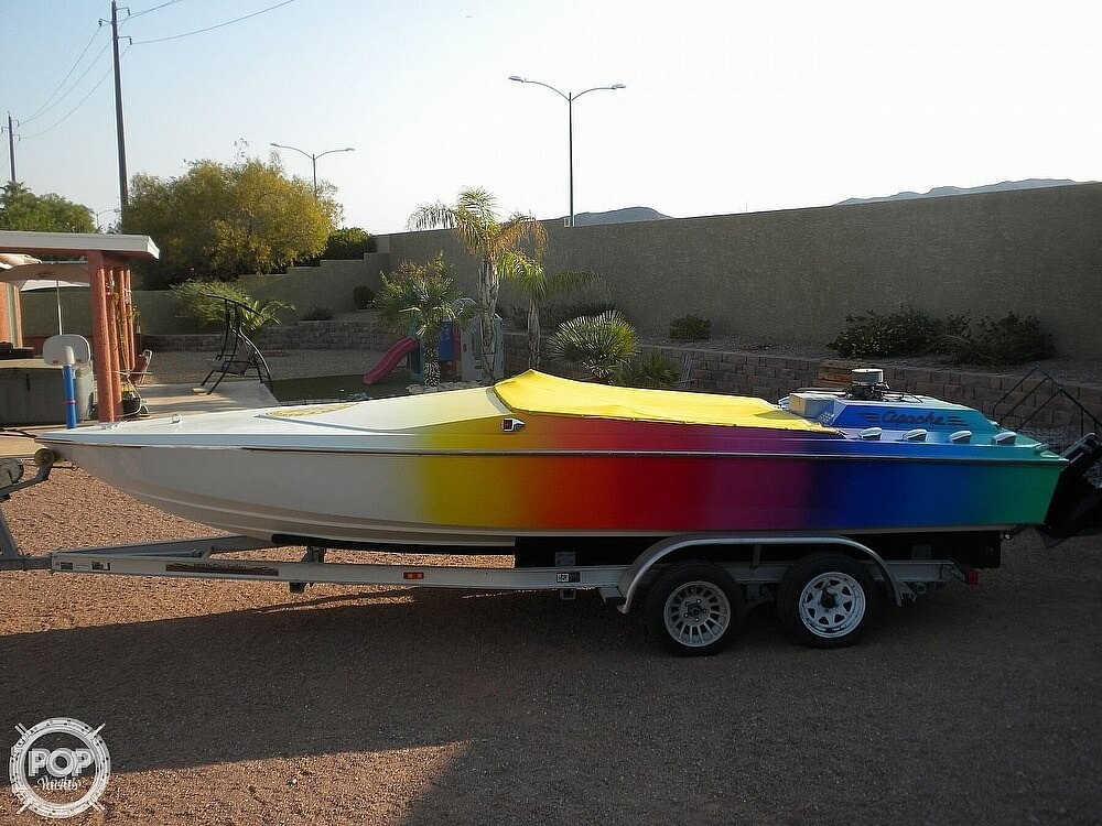 1986 Apache Powerboats boat for sale, model of the boat is Scout 2 & Image # 4 of 40