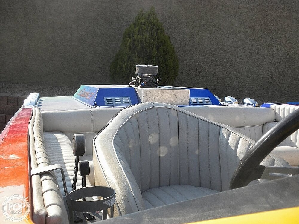 1986 Apache Powerboats boat for sale, model of the boat is Scout 2 & Image # 11 of 40