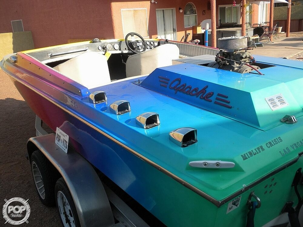 1986 Apache Powerboats boat for sale, model of the boat is Scout 2 & Image # 25 of 40