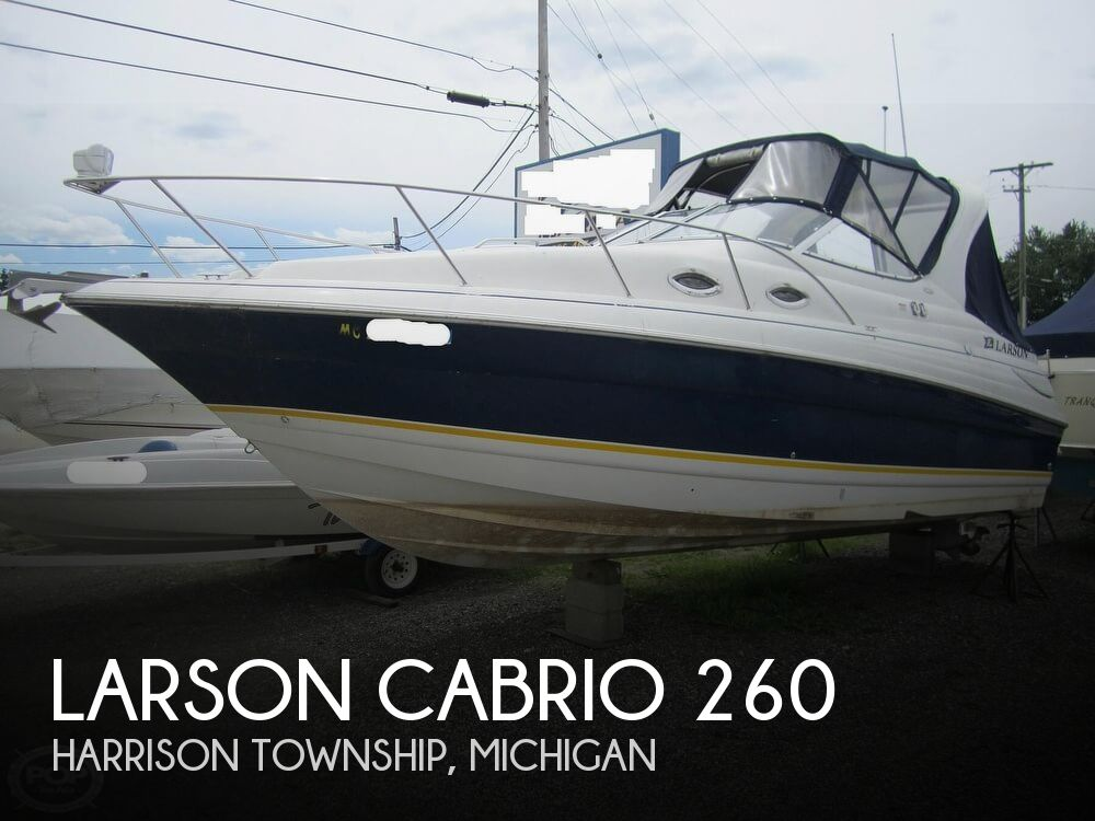 2005 Larson boat for sale, model of the boat is Cabrio 260 & Image # 1 of 40