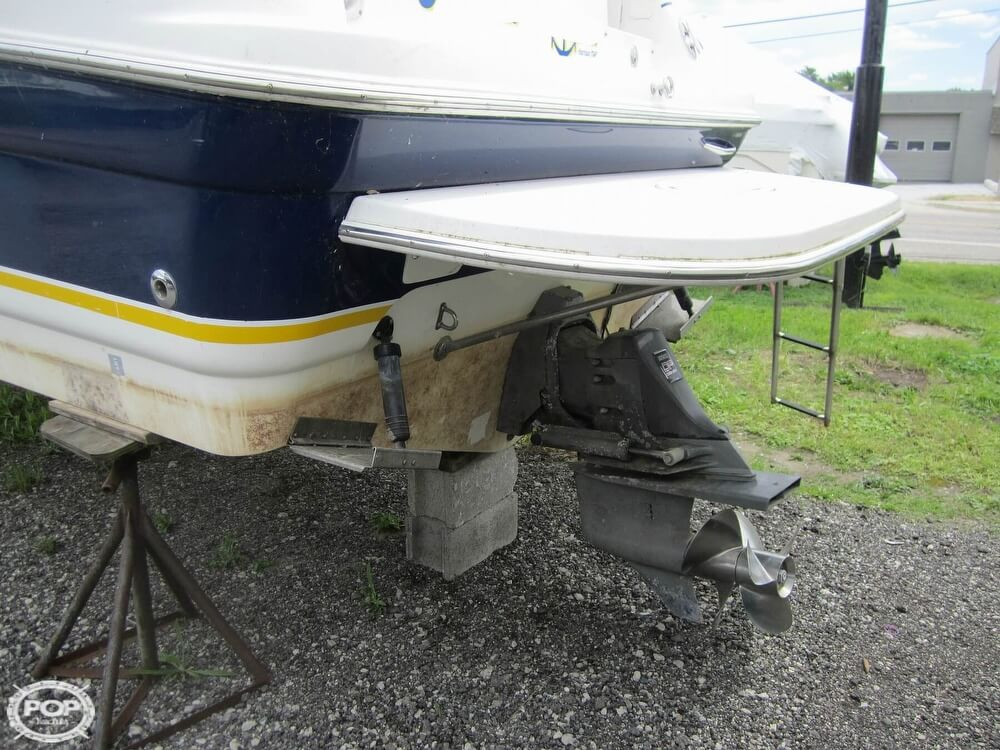 2005 Larson boat for sale, model of the boat is Cabrio 260 & Image # 11 of 40
