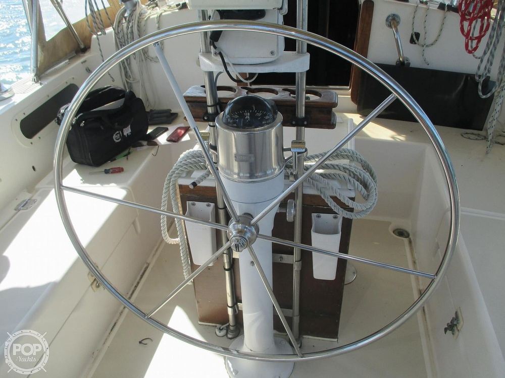 1982 Pearson boat for sale, model of the boat is 424 & Image # 6 of 40