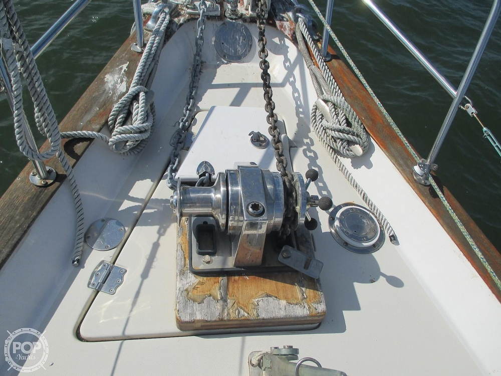 1982 Pearson boat for sale, model of the boat is 424 & Image # 16 of 40