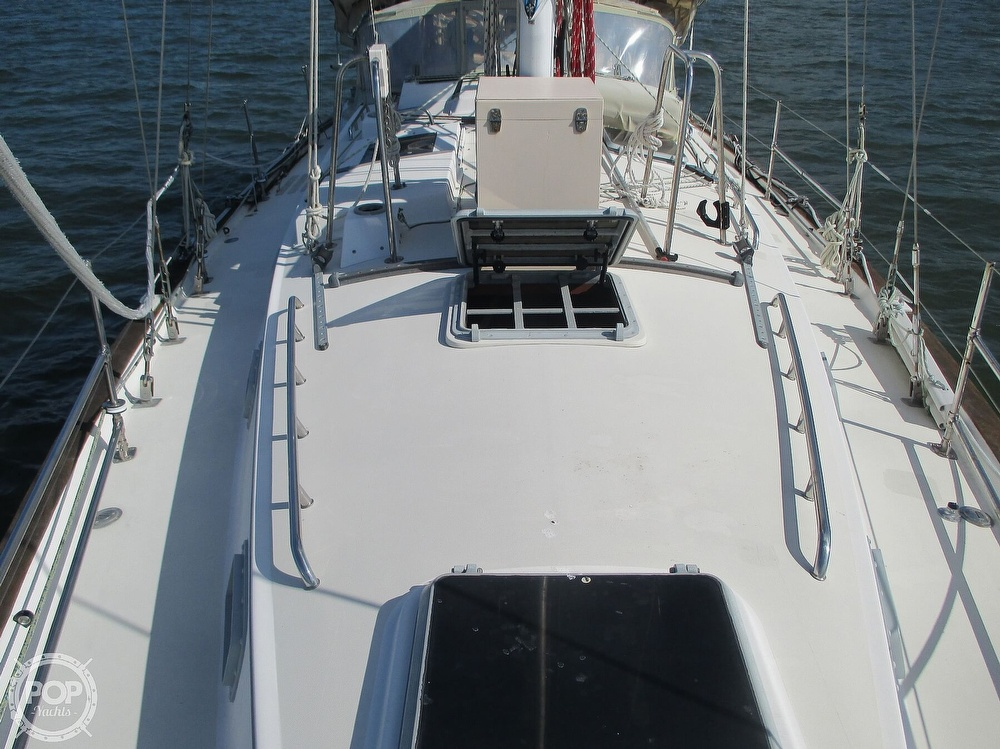 1982 Pearson boat for sale, model of the boat is 424 & Image # 19 of 40