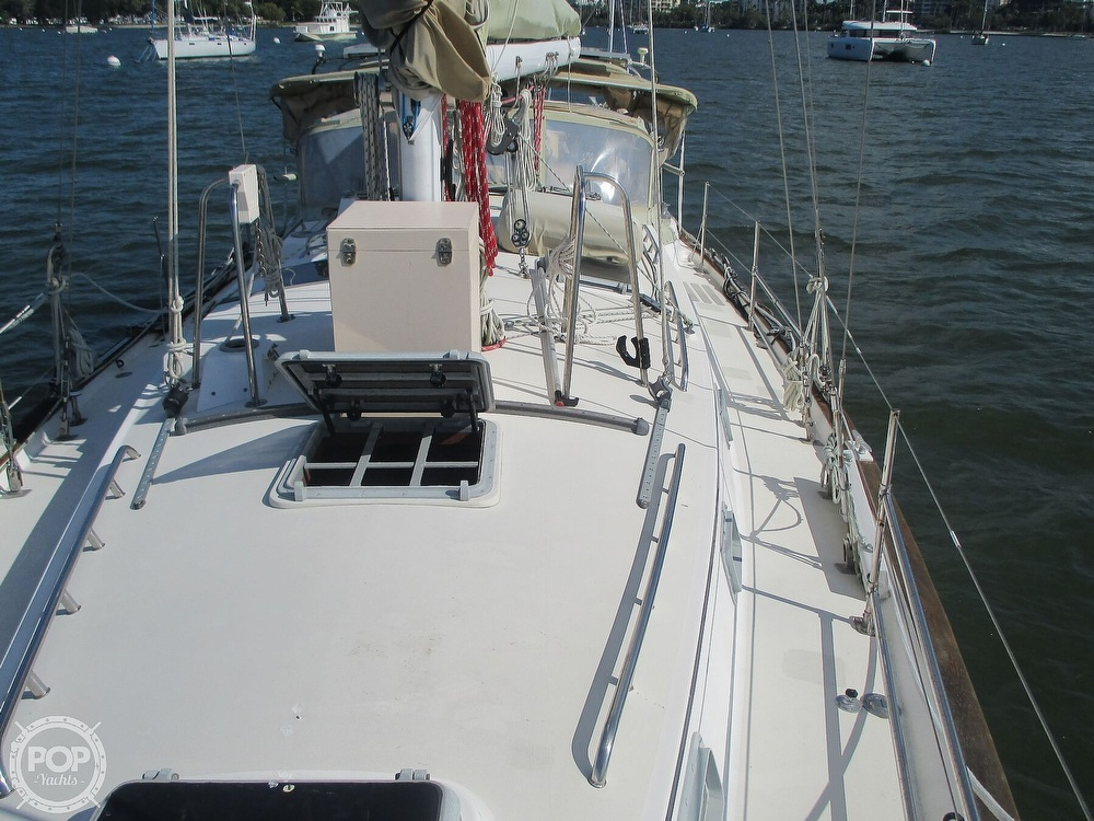 1982 Pearson boat for sale, model of the boat is 424 & Image # 20 of 40