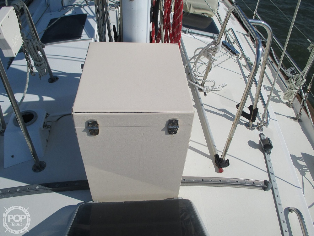 1982 Pearson boat for sale, model of the boat is 424 & Image # 23 of 40
