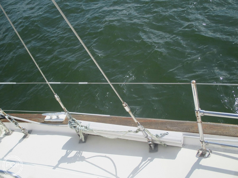 1982 Pearson boat for sale, model of the boat is 424 & Image # 31 of 40