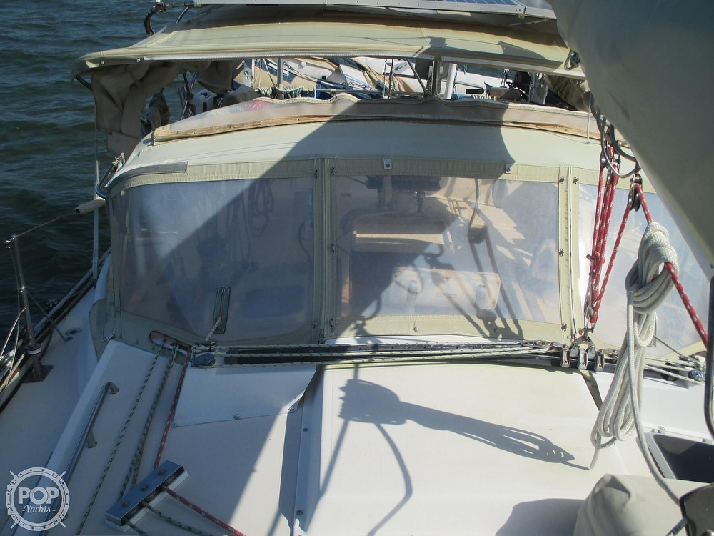 1982 Pearson boat for sale, model of the boat is 424 & Image # 34 of 40