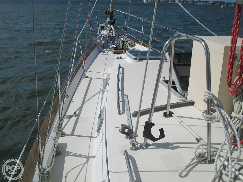 1982 Pearson boat for sale, model of the boat is 424 & Image # 37 of 40