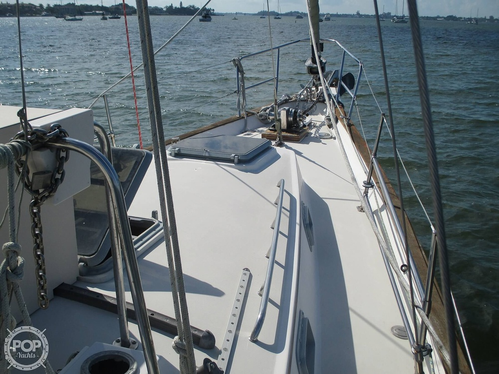 1982 Pearson boat for sale, model of the boat is 424 & Image # 38 of 40