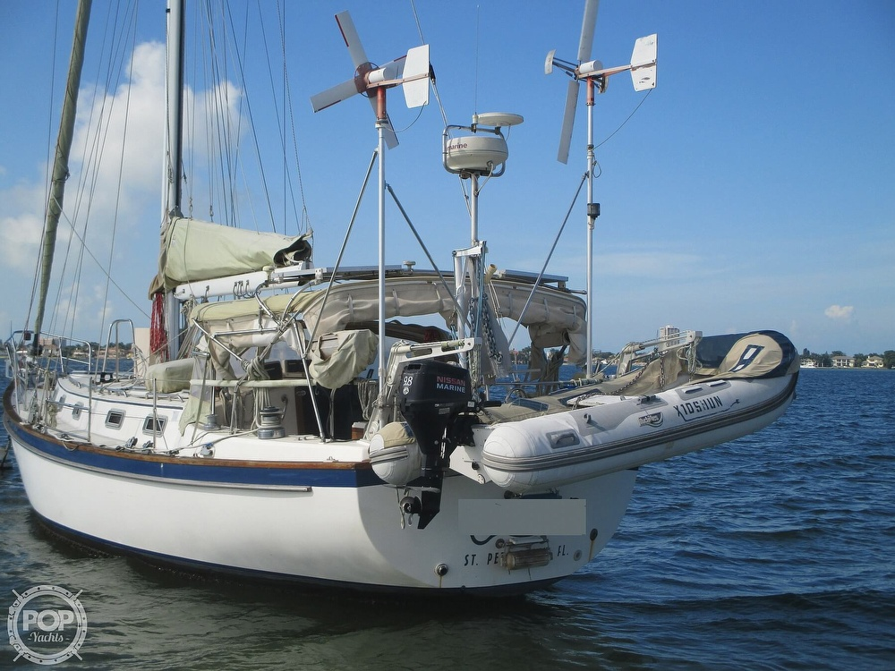 1982 Pearson boat for sale, model of the boat is 424 & Image # 3 of 40