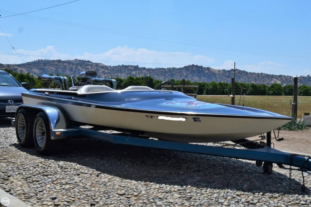1977 Dominator boat for sale, model of the boat is 18 & Image # 10 of 40
