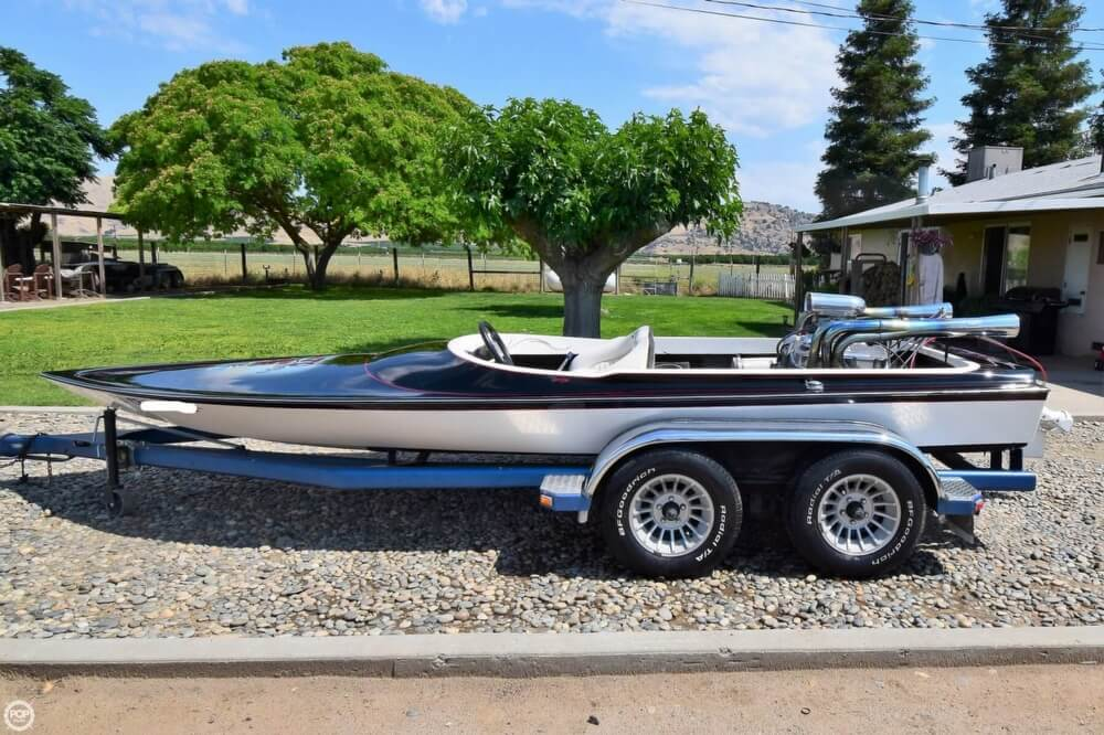 1977 Dominator boat for sale, model of the boat is 18 & Image # 11 of 41