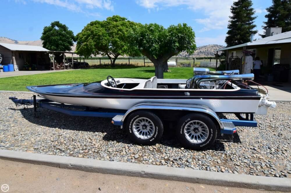 1977 Dominator boat for sale, model of the boat is 18 & Image # 15 of 40