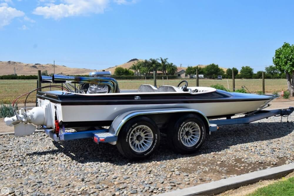 1977 Dominator boat for sale, model of the boat is 18 & Image # 20 of 41