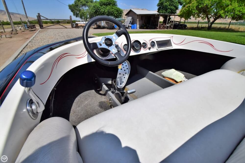 1977 Dominator boat for sale, model of the boat is 18 & Image # 31 of 41