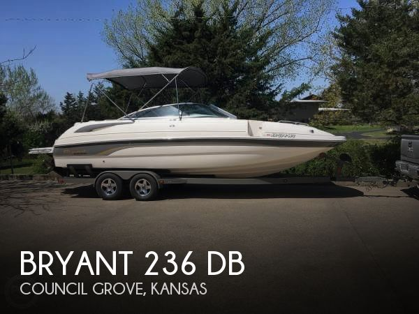 Used Deck Boats For Sale by owner | 2007 Bryant 236 DB