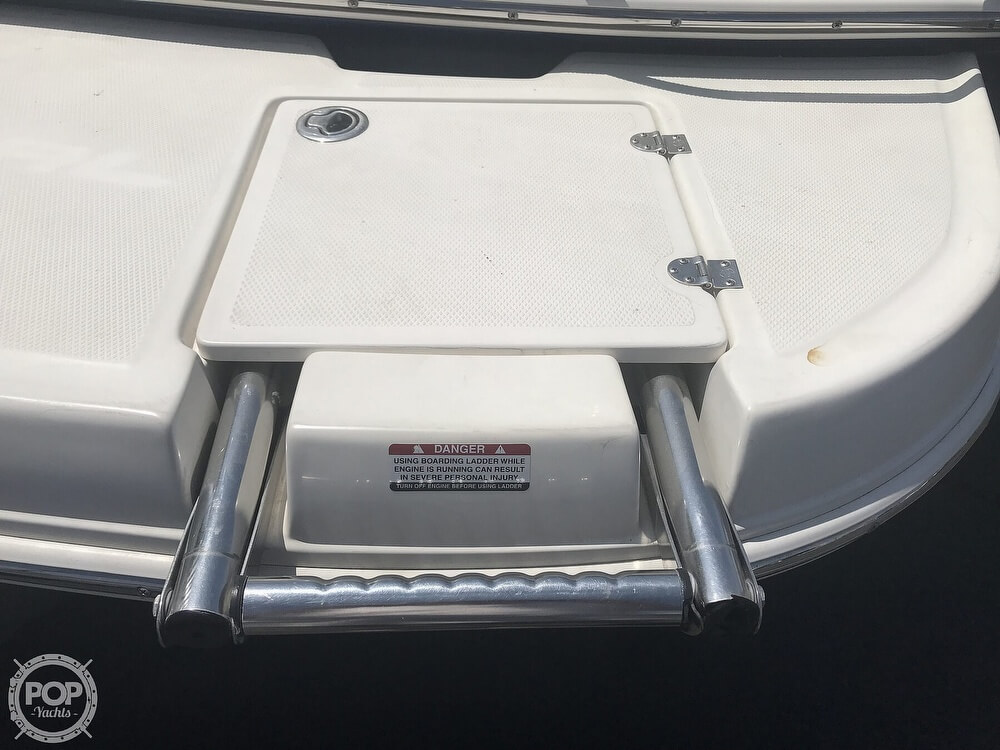 2006 Chaparral boat for sale, model of the boat is 204 SSI & Image # 22 of 41