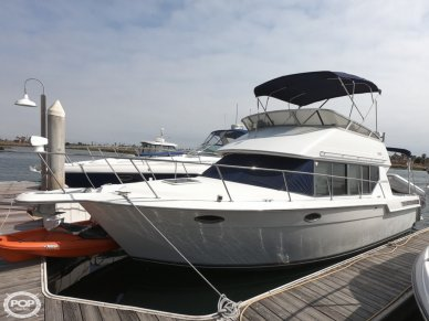 Carver 320 Voyager, 35', for sale - $52,500