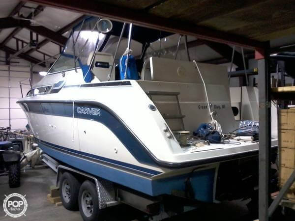 1989 Carver boat for sale, model of the boat is Montego & Image # 2 of 7