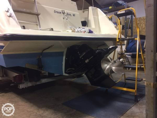 1989 Carver boat for sale, model of the boat is Montego & Image # 3 of 7