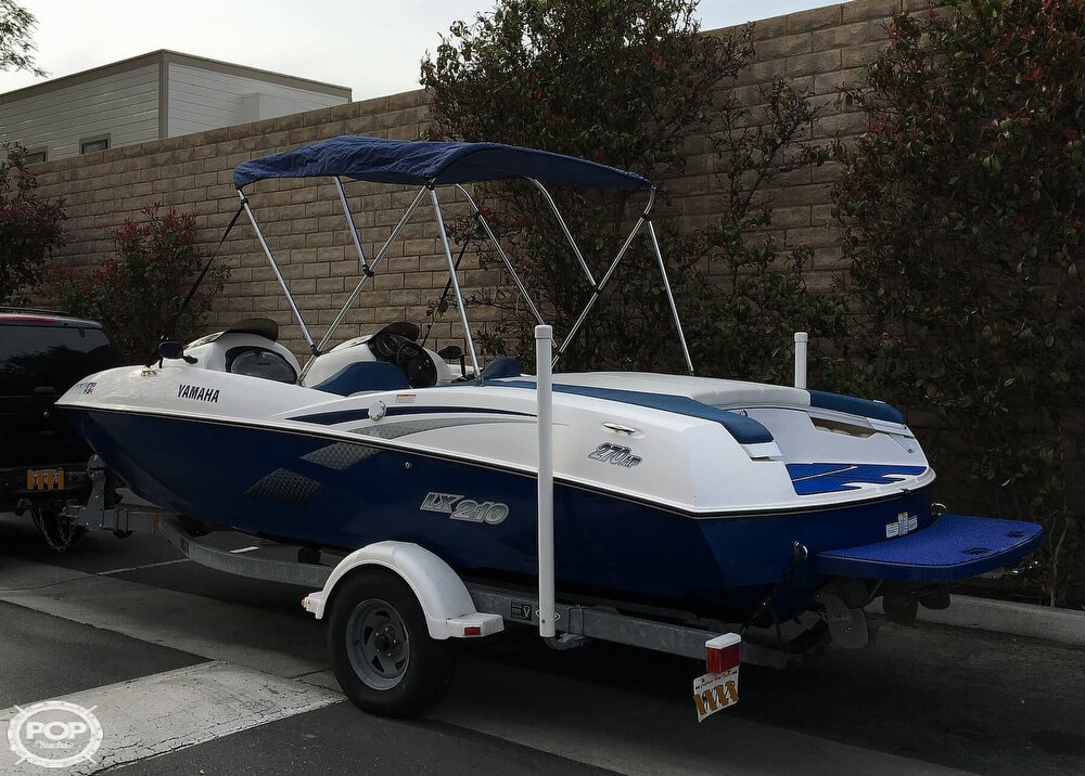 2004 Yamaha boat for sale, model of the boat is LX210 & Image # 3 of 40