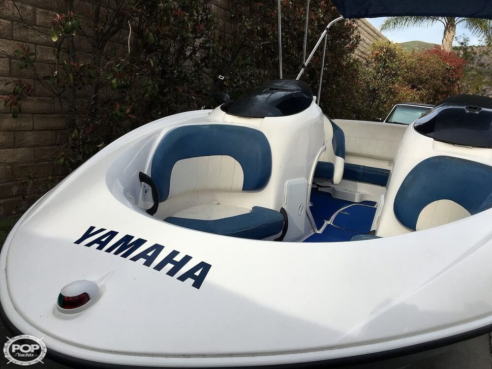 2004 Yamaha boat for sale, model of the boat is LX210 & Image # 9 of 40