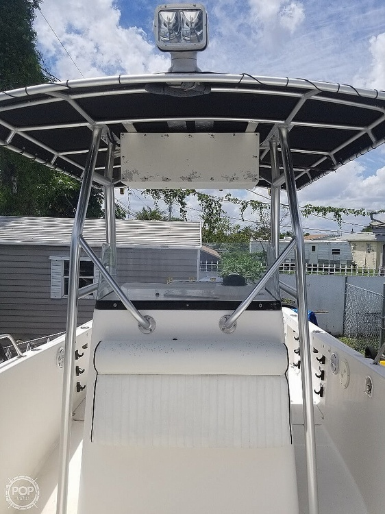 2004 Robalo boat for sale, model of the boat is R 230 & Image # 6 of 41