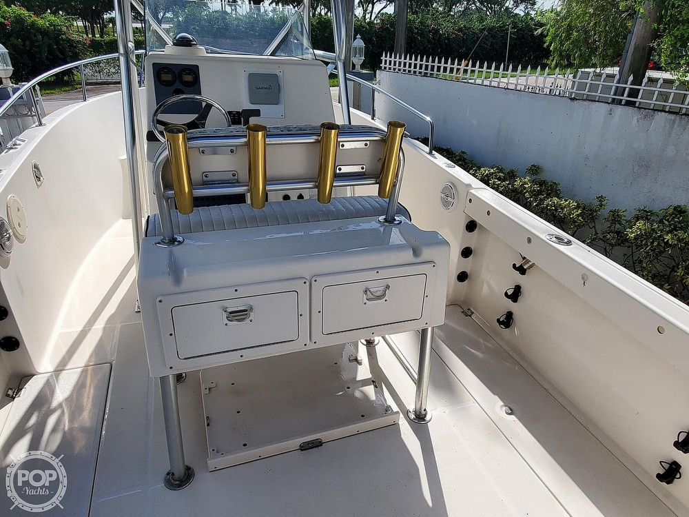 2004 Robalo boat for sale, model of the boat is R 230 & Image # 8 of 41