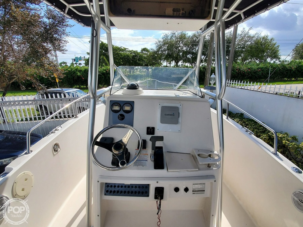 2004 Robalo boat for sale, model of the boat is R 230 & Image # 26 of 41