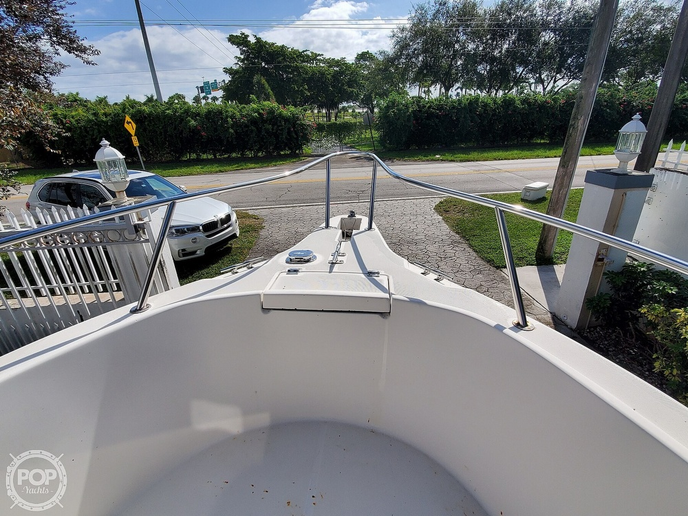 2004 Robalo boat for sale, model of the boat is R 230 & Image # 39 of 41