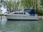 1986 Chris-craft Catalina 381