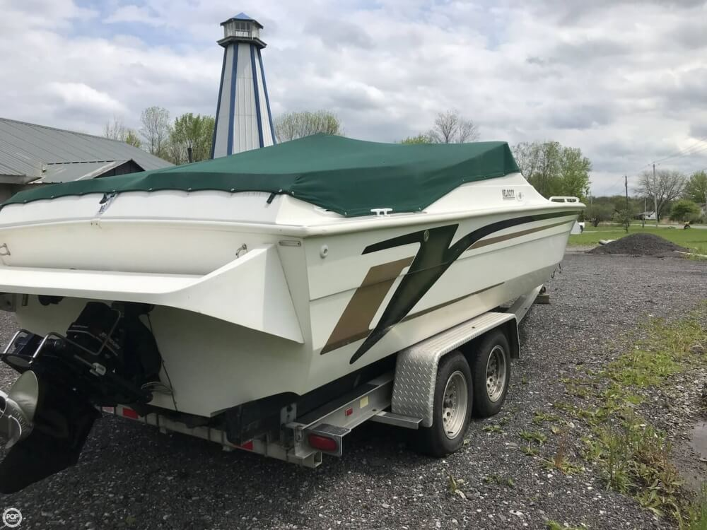 1998 Velocity boat for sale, model of the boat is 026/SP & Image # 6 of 40