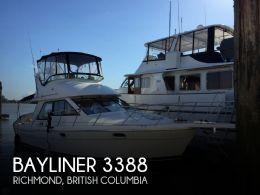 1996 Bayliner 3388