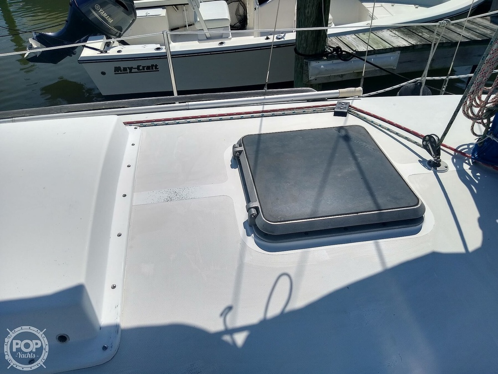 1979 Bristol boat for sale, model of the boat is 29-9 & Image # 29 of 41