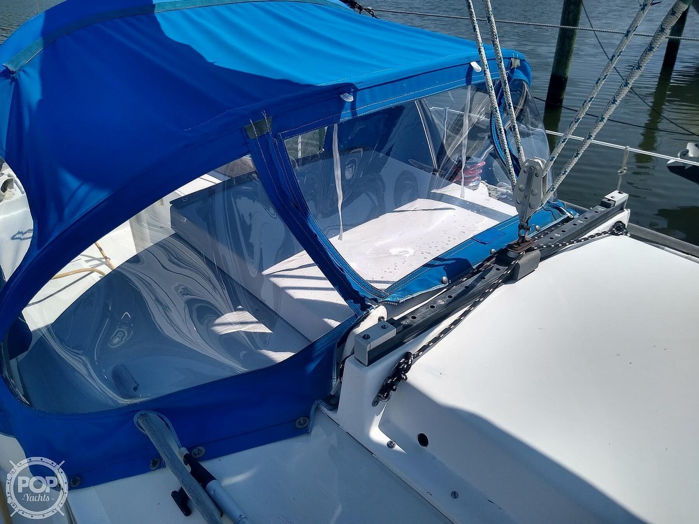 1979 Bristol boat for sale, model of the boat is 29-9 & Image # 28 of 41