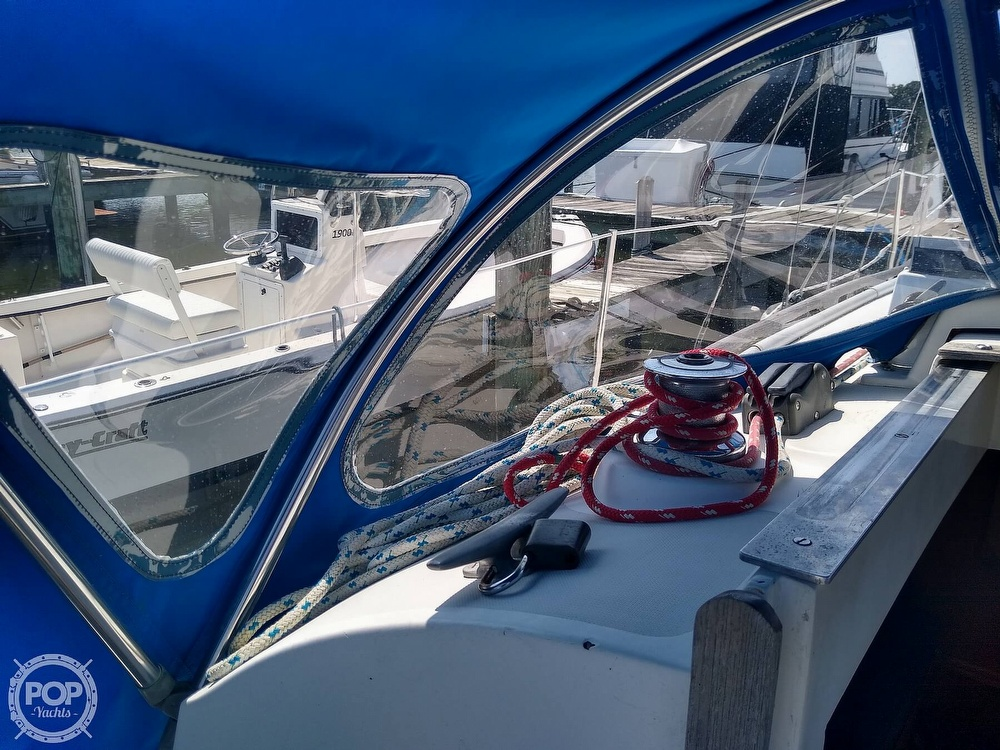 1979 Bristol boat for sale, model of the boat is 29-9 & Image # 21 of 41
