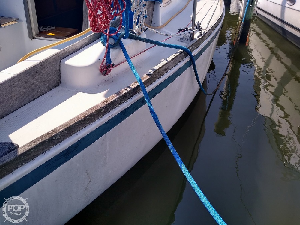 1979 Bristol boat for sale, model of the boat is 29-9 & Image # 17 of 41